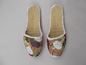 http://www.ahfabrics.com/images/inspiration/Painted-Slippers-500x3757278.jpg